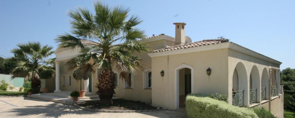 Luxusní vily u pobřeží Španělska